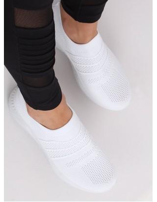 Biele tenisky bez šnúrok