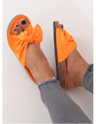 Oranžové pohodlné šľapky