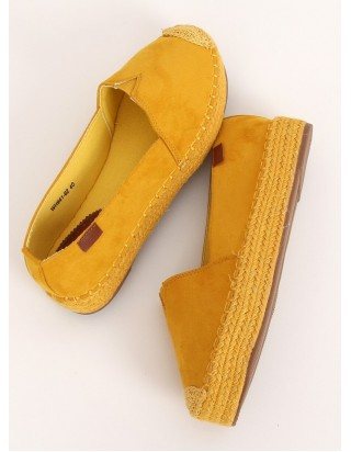 Žlté plátené topánky