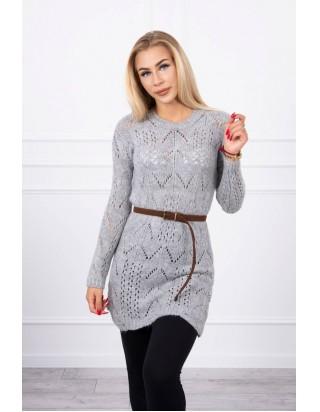 Sivý sveter s opaskom