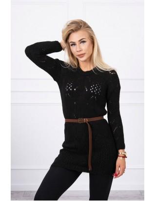 Čierny sveter s opaskom
