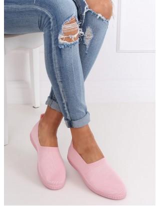 Ružové plátené tenisky