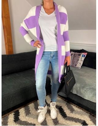 Elegantný pruhovaný sveter