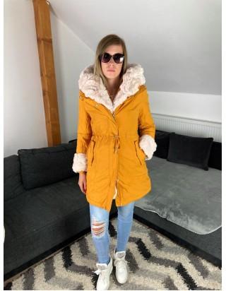 Dámska bunda s kožušinou