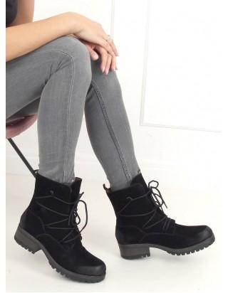 Teplé čierne topánky na šnurovanie