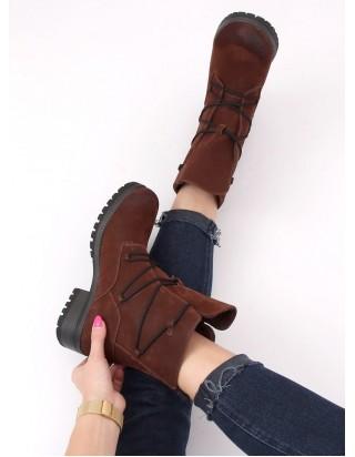 Teplé hnedé topánky na šnurovanie