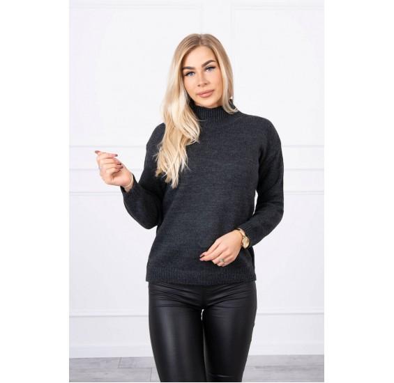 Tmavošedý sveter s golierom