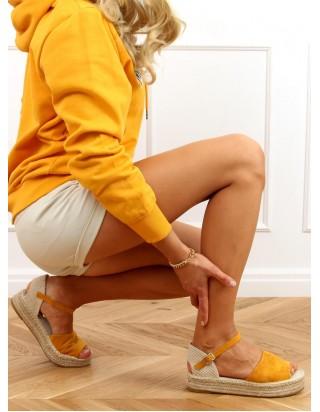 Horčicové sandále s otvorenou špičkou