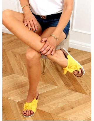 Žlté šľapky s mašľou