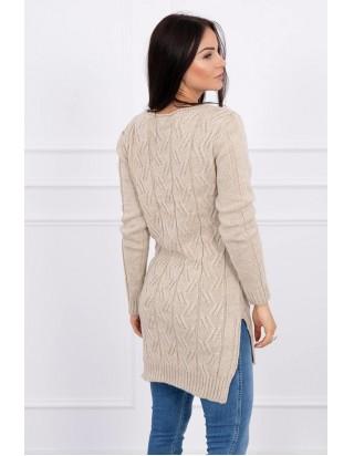 Béžový sveter s predĺženým chrbtom