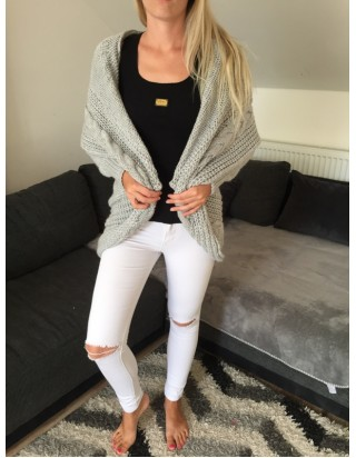 Dámsky pletený sveter bledošedý