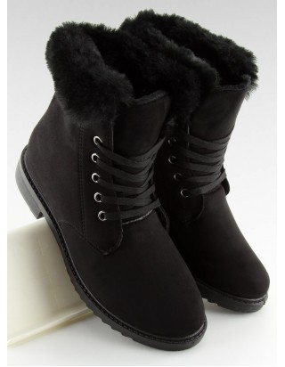 Čierne topánky na šnurovanie